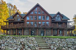 Property for sale at 11240 S Oak Drive, Delton,  MI 49046