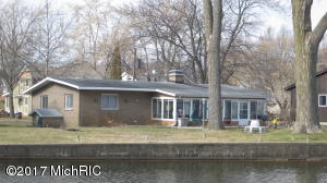 Property for sale at 4971 Maple Court, Coloma,  MI 49038