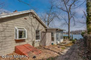 Property for sale at 70507 Beechwood Street, Union,  MI 49130