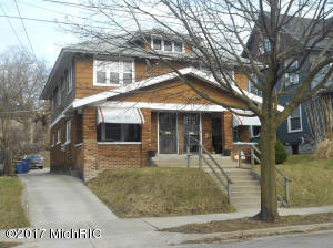 Property for sale at 620 Lafayette Avenue, Grand Rapids,  MI 49503