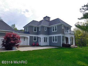 1117 Green Crest Trail, Ada, MI 49301