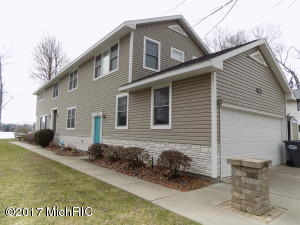 Property for sale at 7882 Lakewood Drive, Coloma,  MI 49038