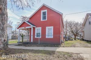 1024 Butterworth Street, Grand Rapids, MI 49504