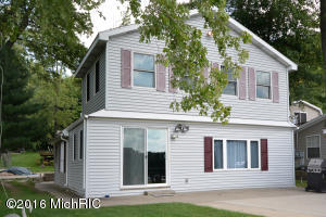 138 E Peterson Gobles, MI 49055