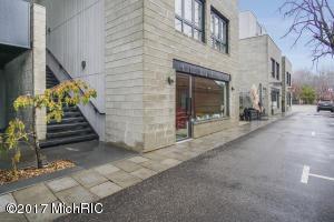 129 Griffith Street 103, Saugatuck, MI 49453