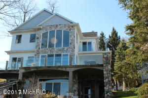 10896 Anchor Cove Shelbyville, MI 49344