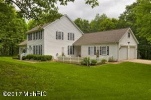 5570 Dunn Avenue, Lowell, MI 49331
