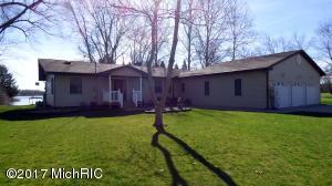 46896 Meadow Decatur, MI 49045