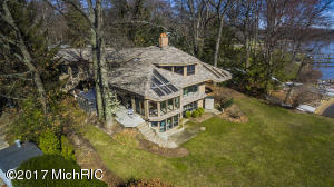 Property for sale at 145 Crestwood Drive, Holland,  MI 49424