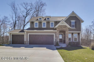 7330 Silver Meadow Drive, Rockford, MI 49341