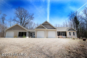Property for sale at 1961 Lakeshore Drive, Fennville,  MI 49408