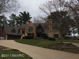 Property for sale at 910 Lake Avenue, Grand Haven,  MI 49417