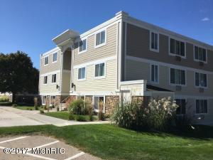 Property for sale at 223 North Shore Unit 302, South Haven,  MI 49090