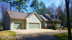 17760 Indian Village Road, Big Rapids, MI 49307