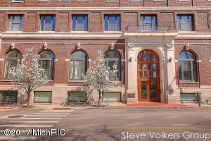27 Library Street 404, Grand Rapids, MI 49503