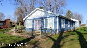 60745 W Oak Decatur, MI 49045