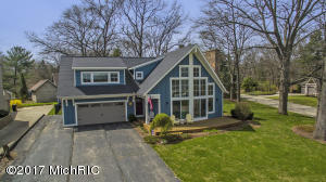 380 Big Bay Drive, Holland, MI 49424