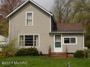 Property for sale at 721 E Mill Street, Hastings,  MI 49058