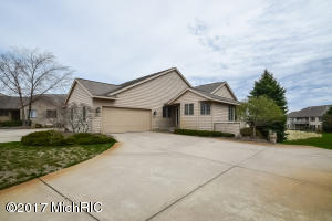 Property for sale at 1470 West Harbour Towne Circle, Muskegon,  MI 49441
