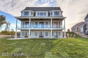 Property for sale at 7370 Highfield Beach Drive, South Haven,  MI 49090