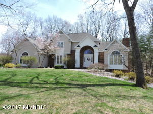 15191 Oakwood Drive, Big Rapids, MI 49307