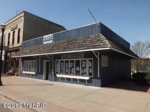 279 S Hancock Street, Pentwater, MI 49449