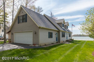 Property for sale at 11255 Oakleigh Drive, Middleville,  MI 49333