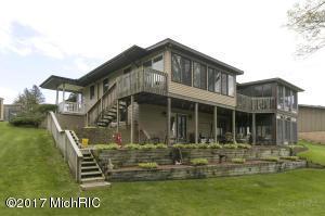 Property for sale at 241 Parkshore Drive, Battle Creek,  MI 49014