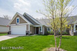 3304 Stormy Creek Drive 35, Kentwood, MI 49512