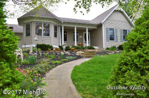 4482 Red Maple Drive, Wyoming, MI 49418