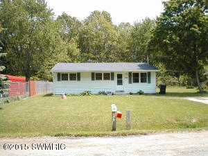 1159 Mc Intosh Drive, Benton Harbor, MI 49022