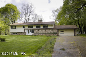 Property for sale at 3840 Gull Lake Drive, Hickory Corners,  MI 49060