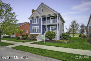 4717 W Perry Circle, Holland, MI 49424
