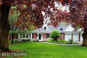 Property for sale at 4033 E Hillandale Drive, Kalamazoo,  MI 49008