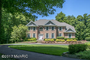 6329 N Ryan Ridge Drive, Holland, MI 49423
