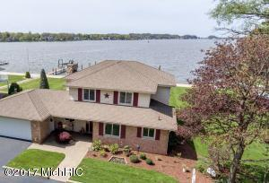 1384 Linwood, Holland, MI 49424