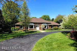 1151 Valley View Drive, Hastings, MI 49058
