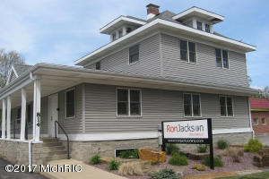 814 S Burdick Street, Kalamazoo, MI 49001