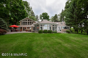 Property for sale at 9708 W Gull Lake Drive, Richland,  MI 49083