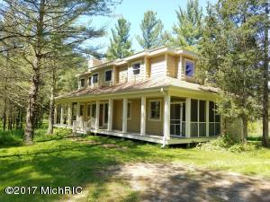 Property for sale at 7019 Creekwood Drive, South Haven,  MI 49090