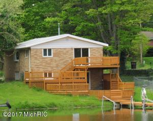 Property for sale at 4733 Shore Drive, Coloma,  MI 49038