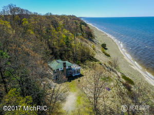 Property for sale at 13661 Lakeshore Drive, Grand Haven,  MI 49417