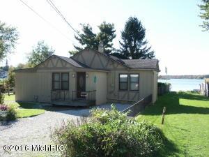 11032 Gourdneck Lake Portage, MI 49002