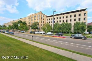940 Monroe Avenue 116, Grand Rapids, MI 49503