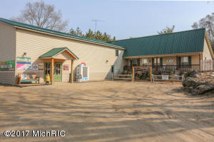 20558 30th Avenue, Barryton, MI 49305