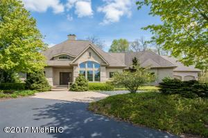 5695 Watermark Ct., Grand Rapids, MI 49546