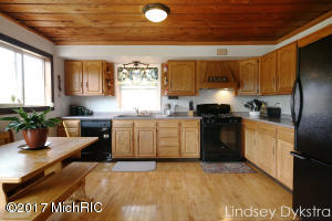 15196 LARSEN AVENUE NE, GOWEN, MI 49326  Photo 9