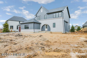 3883 BALSAM WATERS Drive, Grand Rapids, MI 49525