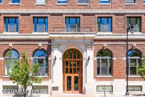 27 Library Street 204, Grand Rapids, MI 49503
