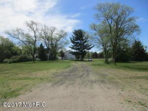 1749 E Mt Garfield Road, Muskegon, MI 49444